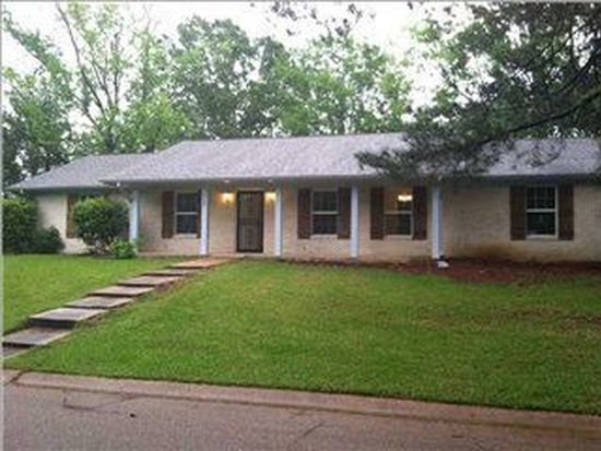 614 Pine Ln, Jackson, MS 39212