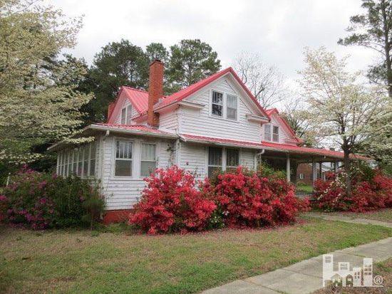 132 W Main St, Rose Hill, NC 28458