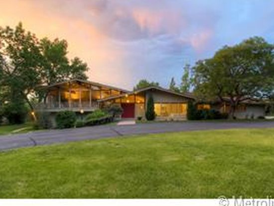 43 Sunset Dr, Englewood, CO 80113