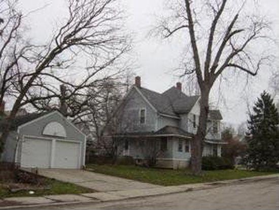 152 N Channing St, Elgin, IL 60120