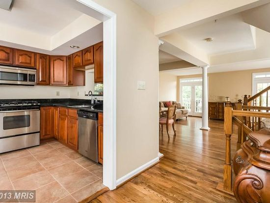 18117 Stags Leap Ter, Germantown, MD 20874
