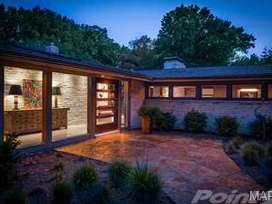 1300 Log Cabin Ln, Saint Louis, MO 63124