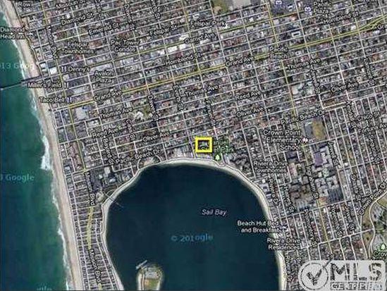 1225 Pacific Beach Dr UNIT 2D, San Diego, CA 92109