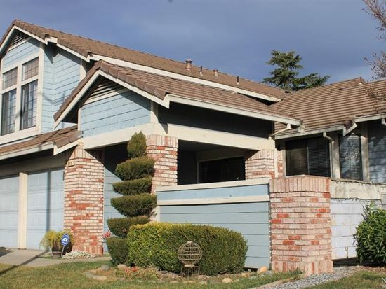 313 Bluebell Ct, Vacaville, CA 95687