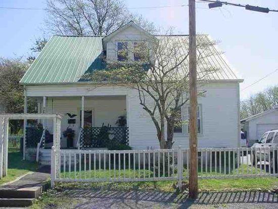 228 N 6th St, Scottsville, KY 42164