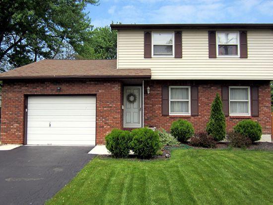 790 Mohawk St, Lewiston, NY 14092