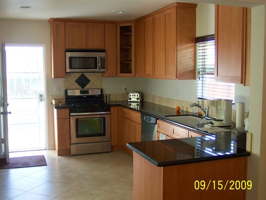 3750 W 113th St, Inglewood, CA 90303