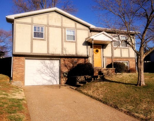 708 Forest Glen Dr, Evansville, IN 47712