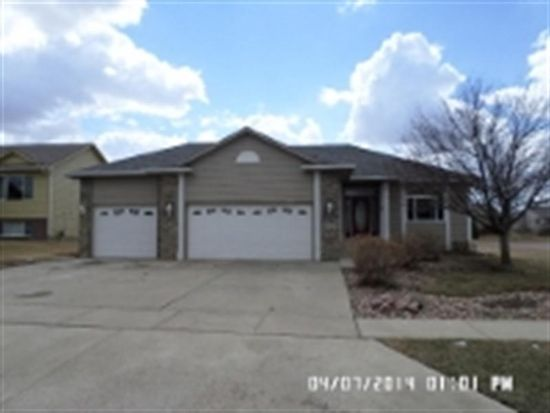 3232 S Harmony Ct, Sioux Falls, SD 57110