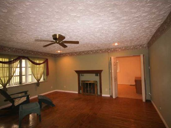 1423 S Whitcomb Ave, Indianapolis, IN 46241