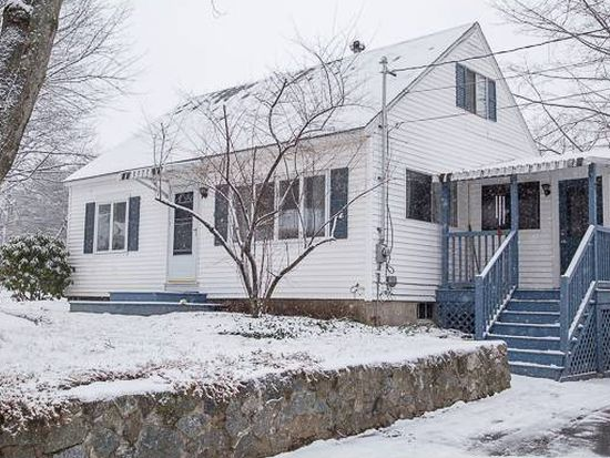 8 Robinwood Ave, Dover, NH 03820
