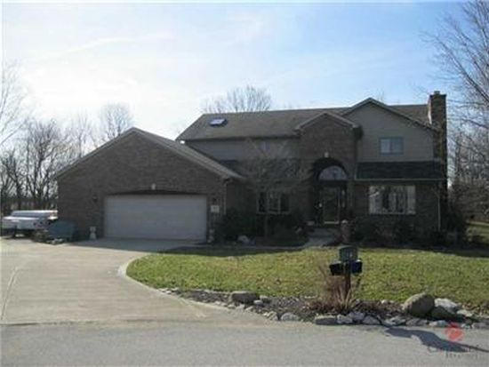 885 W Willow Run Ct, Mooresville, IN 46158