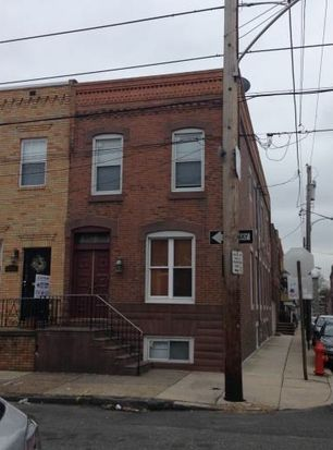 1712 Wolf St, Philadelphia, PA 19145