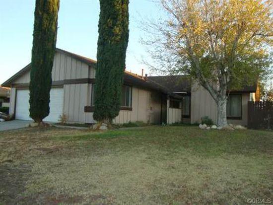 831 W Scott St, Rialto, CA 92376