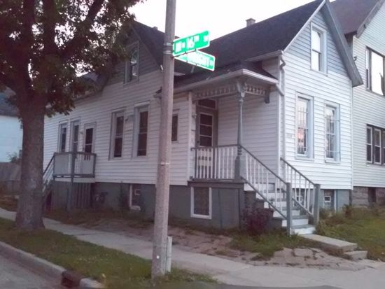1534 W Wright St, Milwaukee, WI 53206