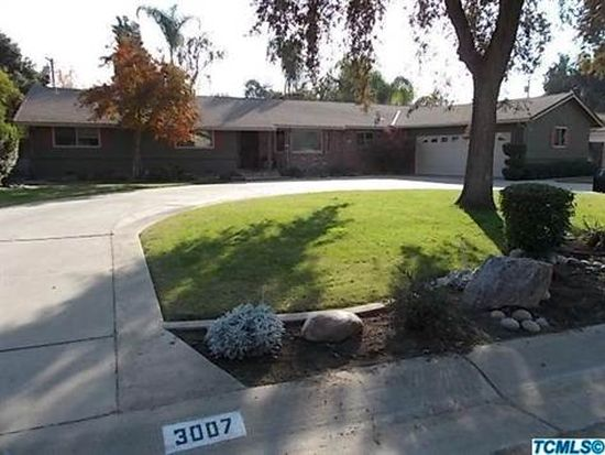 3007 W Royal Oaks Dr, Visalia, CA 93277