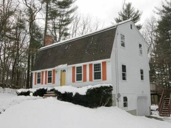3 Bunker Hill Dr, Londonderry, NH 03053