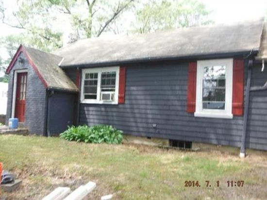 1 Booth St, Attleboro, MA 02703
