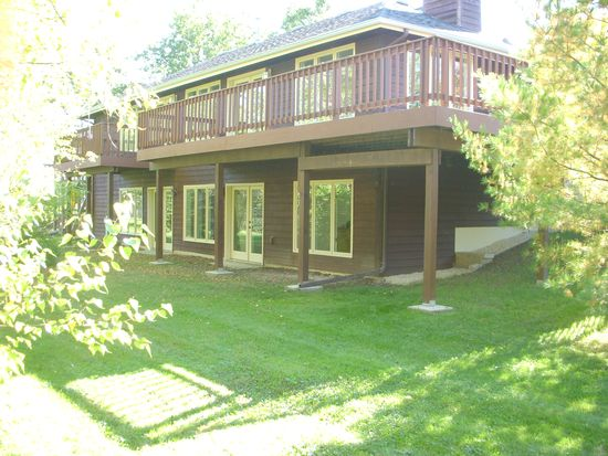 S78W20544 Monterey Dr, Muskego, WI 53150