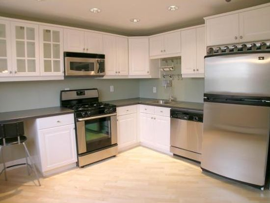 19 Fernview Ave APT 6, North Andover, MA 01845