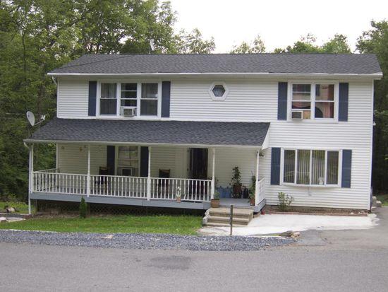 2371 Woodcrest Dr, East Stroudsburg, PA 18302