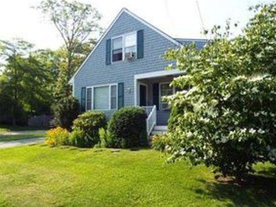 37 Stoneledge Rd, Dartmouth, MA 02748