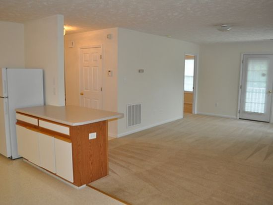 4041 William Bill Luther Dr APT 55, Hope Mills, NC 28348