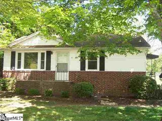 6 Eastwood Ct, Greenville, SC 29607