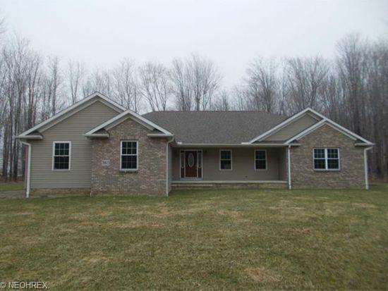 3165 Red Oak Cir, Conneaut, OH 44030