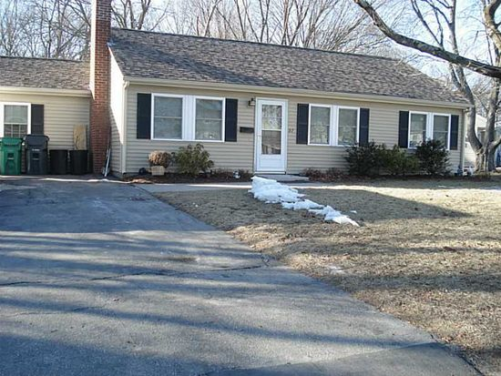 97 Underwood Ave, Warwick, RI 02888