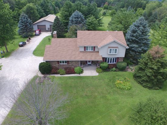 12712 374th Ave, Twin Lakes, WI 53181