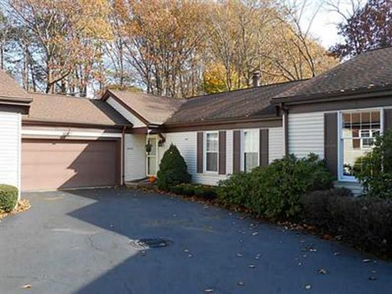 3255 Georgian Ct, Erie, PA 16506
