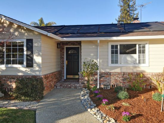22527 Redcliff Ct, Mountain View, CA 94040