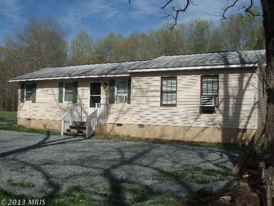 11225 Pilgram Rd, Mitchells, VA 22729