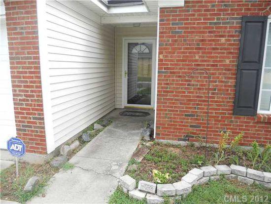 10032 Green Hedge Ave, Charlotte, NC 28269