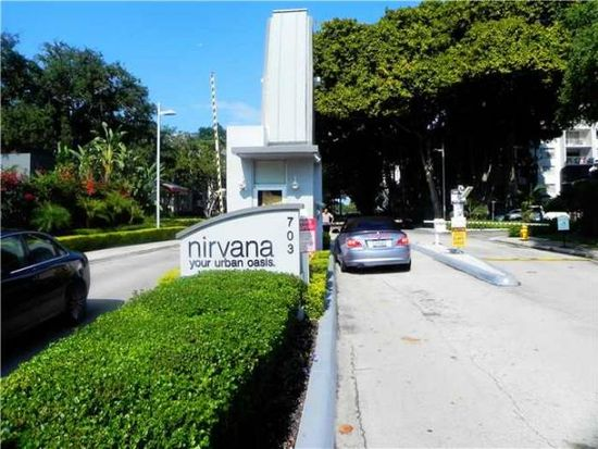 680 NE 64th St APT A500, Miami, FL 33138