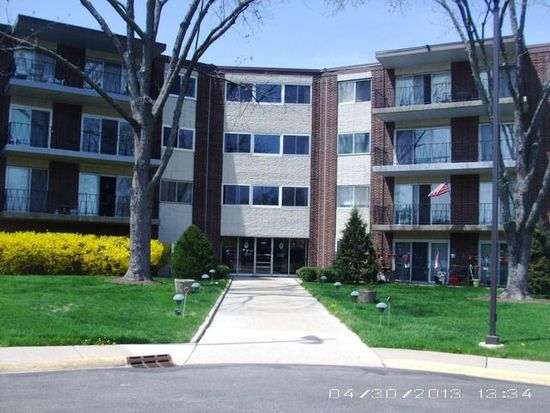 5540 Walnut Ave APT 27B, Downers Grove, IL 60515