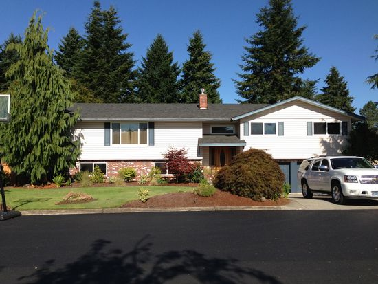 2620 N Maple Ct, Canby, OR 97013
