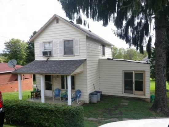 1243 Holly St, Westmoreland City, PA 15692