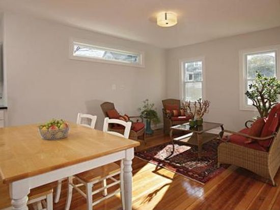 15 Mendelssohn St # 1, Boston, MA 02131