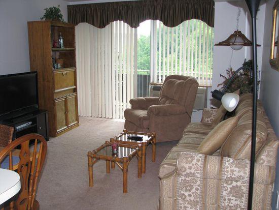 1800 Roundhill Rd APT 1606, Charleston, WV 25314