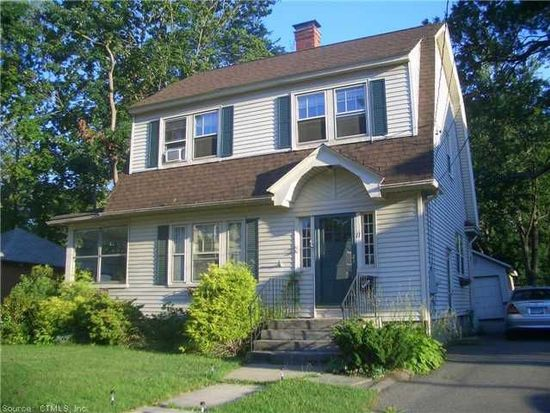 11 Thomas St, West Hartford, CT 06119