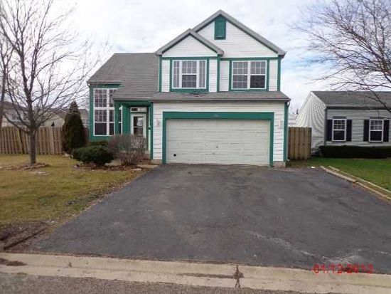584 N White Ln, Hainesville, IL 60030