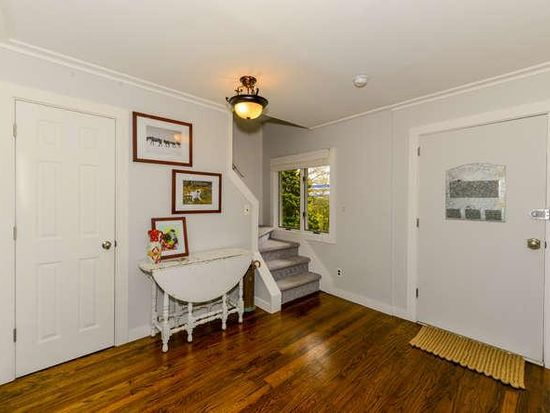 1677 Front St, East Meadow, NY 11554