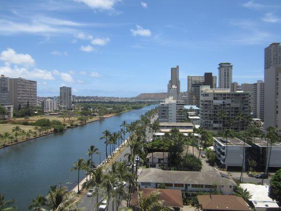 444 Niu St APT 1310, Honolulu, HI 96815