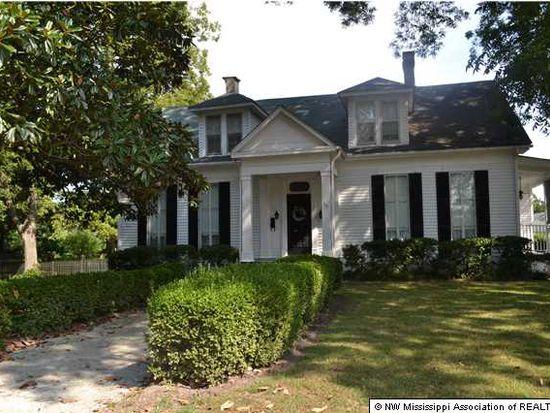 270 Salem Ave, Holly Springs, MS 38635