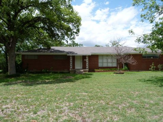 1409 Brush St, Bridgeport, TX 76426
