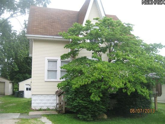 565 Cora Ave, Akron, OH 44312