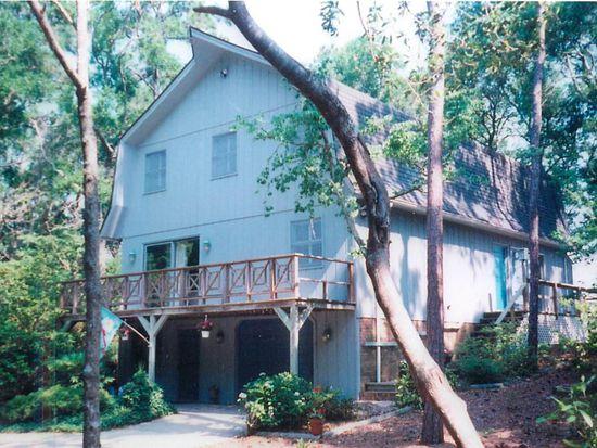 266 Oakleaf Dr, Pine Knoll Shores, NC 28512