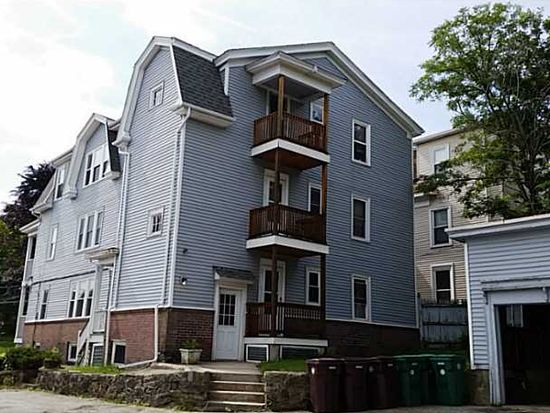 549 Park Ave, Woonsocket, RI 02895